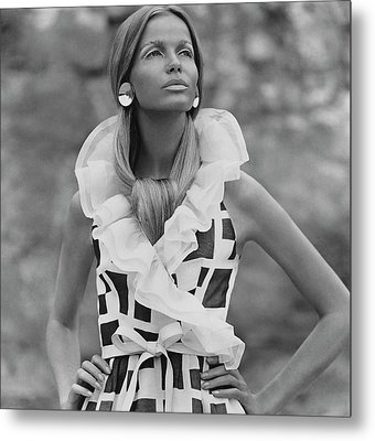 Veruschka Von Lehndorff Wearing A Fisher & Metal Print by Franco Rubartelli