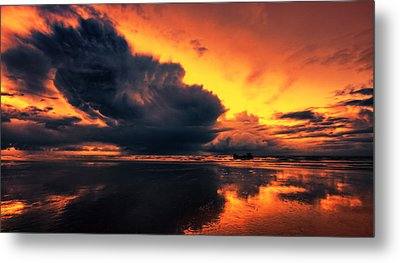 Vibrant Dawn Metal Print by Mark Leader