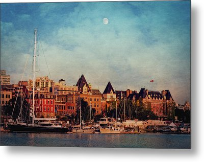 Victoria Historic Buildings  Metal Print by Maria Angelica Maira