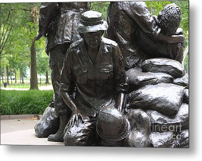 Vietnam Nurses Memorial  Faith Metal Print