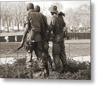 Vietnam Veterans Memorial - Washington Dc Metal Print by Mike McGlothlen