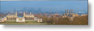View Of Queens House And Canary Wharf Metal Print by Panoramic Images