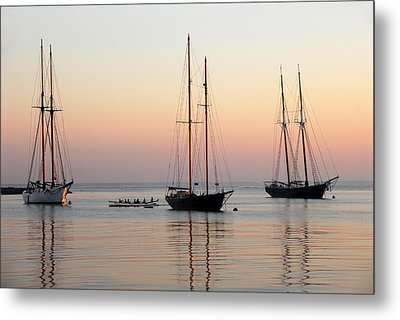 Metal Print featuring the photograph Vineyard Harbor Sunrise by Dan Myers