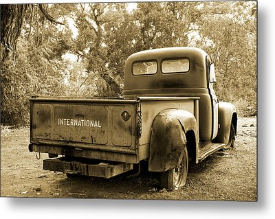 Metal Print featuring the photograph Vintage International by Steven Bateson