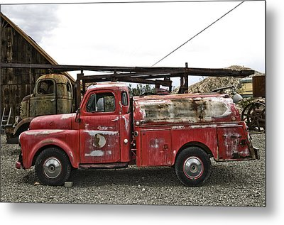 Vintage Red Chevrolet Truck Metal Print by Gianfranco Weiss