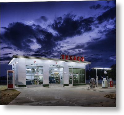 Vintage Service Station In Arkansas Metal Print by Mountain Dreams