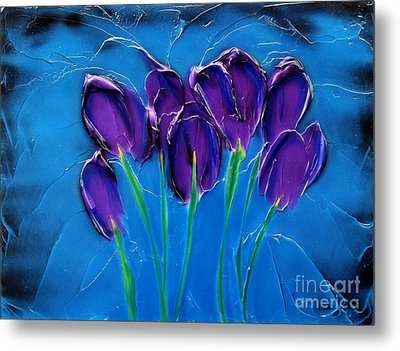 Violet Posy Metal Print by Kenneth Clarke
