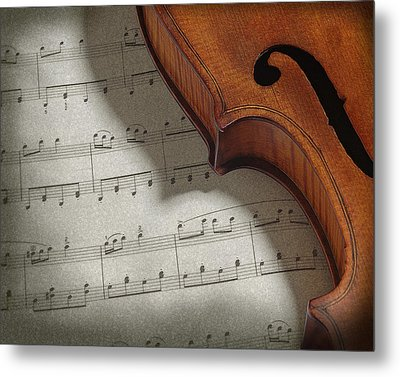 Metal Print featuring the photograph Violin by Krasimir Tolev