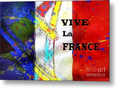 Vive La France Metal Print by Brian Raggatt