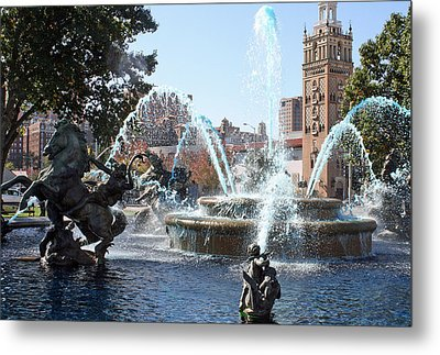 Jc Nichols Memorial Fountain In Blue Metal Print by Ellen Tully