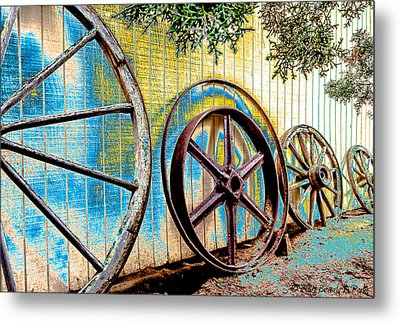 Metal Print featuring the photograph Wagon Wheel Art by Beverly Parks