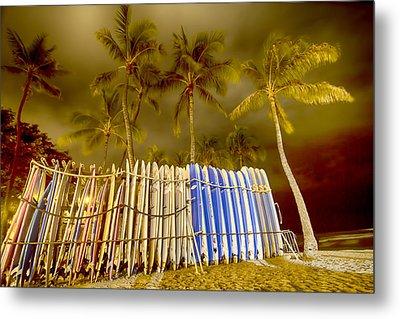 Waikiki Surf Metal Print by Douglas Barnard