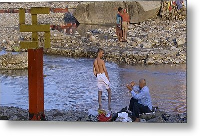 Waiting At The River Ganges Metal Print