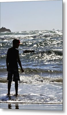 Waiting For A Wave 25602 Metal Print by Jerry Sodorff