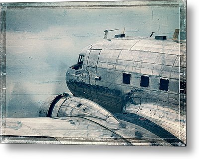 Waiting For Take Off Metal Print by Steven Bateson