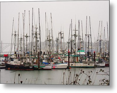 Waiting For The Storm To Pass Metal Print by Harold Greer