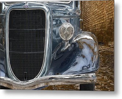 Waiting In The Alley Metal Print by Jack Zulli