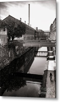 Walking Along The C And O Metal Print by Olivier Le Queinec