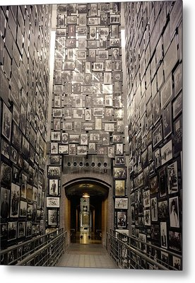 Wall Of Remembrance At The U.s Metal Print by Everett