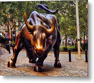 Wall Street Bull Metal Print by David Smith