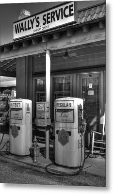 Wally's Service Station Metal Print