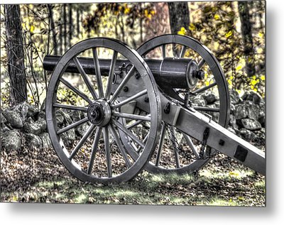 Metal Print featuring the photograph War Thunder - The Albemarle Va Artillery Wyatt's Battery-b1 West Confederate Ave Gettysburg by Michael Mazaika