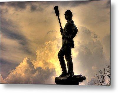 War Thunder - The Clouds Of War - 4th New York Independent Battery Near Devils Den Gettysburg Metal Print by Michael Mazaika