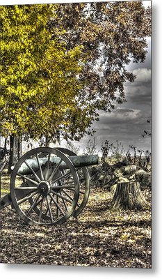 Metal Print featuring the photograph War Thunder - The Purcell Artillery Mc Graw's Battery-a2 West Confederate Ave Gettysburg by Michael Mazaika