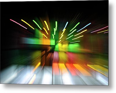 Warping Colors Metal Print by Frederico Borges
