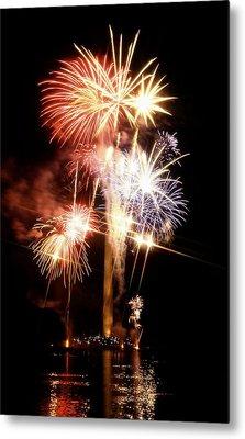 Washington Monument Fireworks 2 Metal Print by Stuart Litoff