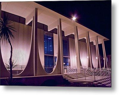 Washington Mutual Building Palm Springs Metal Print by Matthew Bamberg