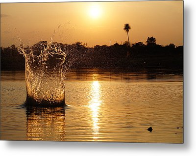 Water Bomb Metal Print by Utkarsh Solanki