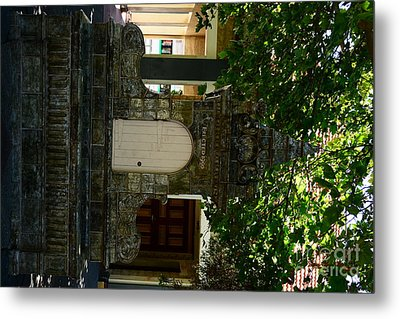 Water Fountain Metal Print by Bobby Mandal
