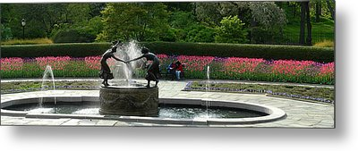 Metal Print featuring the photograph Water Fountain In Central Park by Yue Wang
