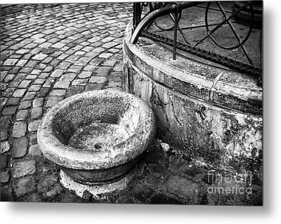 Water In The Square Metal Print by John Rizzuto