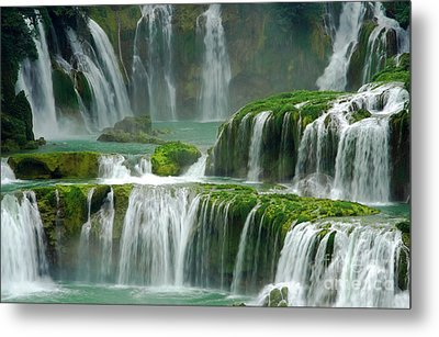 Waterfall In Green Metal Print by Charline Xia