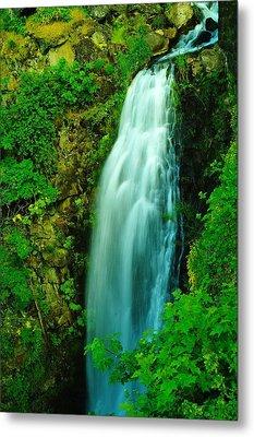 Waterfall In Hood River Oregon Metal Print by Jeff Swan