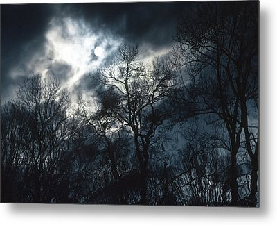 Metal Print featuring the photograph Waters Of Verona Lake by Kellice Swaggerty