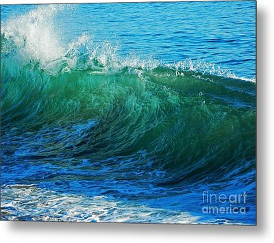 Wave Action Metal Print by Everette McMahan jr