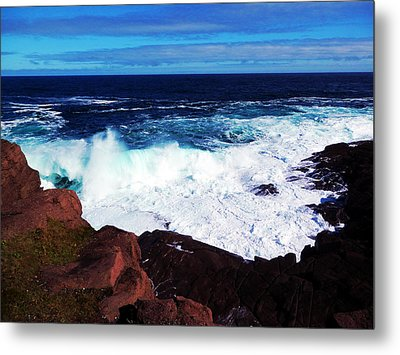 Wave Metal Print by Zinvolle Art