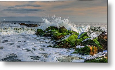 Waves On The Jetty Metal Print by David Hahn