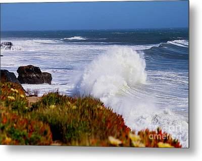 Metal Print featuring the photograph Waves by Theresa Ramos-DuVon