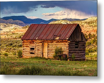 Weathering The Storm Metal Print by James Marvin Phelps