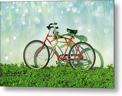 Weekender Special Metal Print by Laura Fasulo