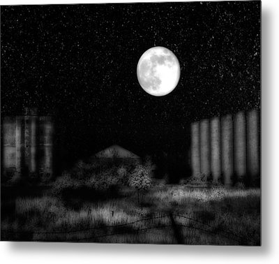 The Brilliant Full Moon Lit The Night Sky Metal Print by Gothicrow Images