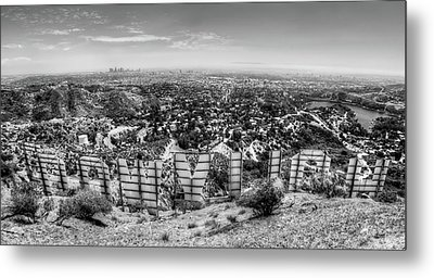 Welcome To Hollywood - Bw Metal Print
