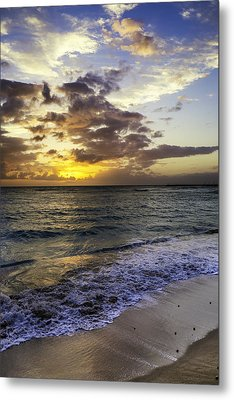 Metal Print featuring the photograph West Oahu Sunset by Rob Tullis
