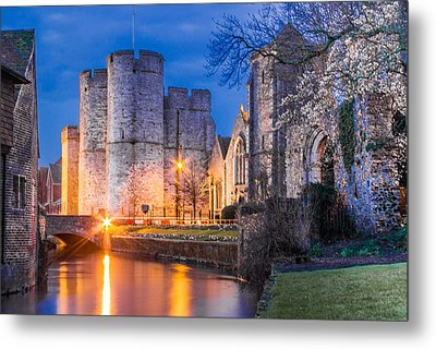 Westgate Towers At Night Metal Print by Ian Hufton