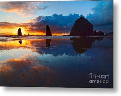 Wet Paint - Sunset In Oregon Metal Print by Jamie Pham