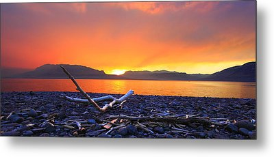 When Evening Gilds The Skies Metal Print